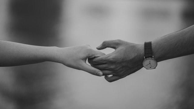 dve ruky